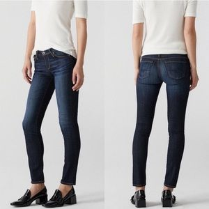 AG The Stilt Cigarette Jeans 28